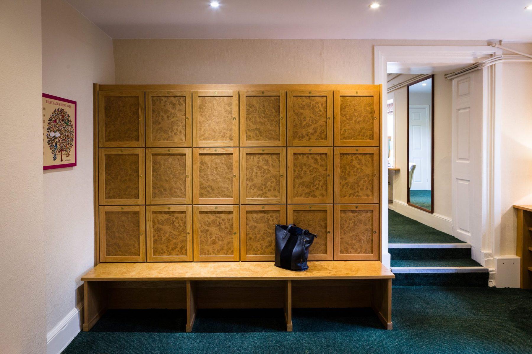Huddersfield Gold Club Ladies Locker Room